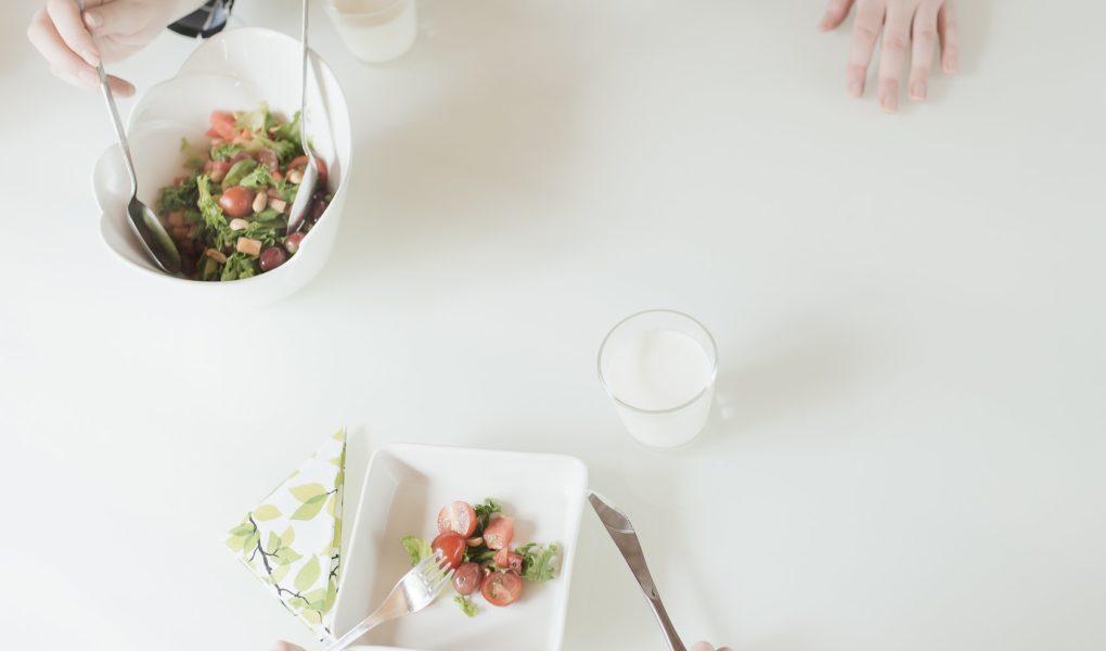 Positiivinen ruokailutilanne